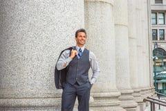 Путешествовать бизнесмена среднего возраста американский, работая в Нью-Йорке Стоковое Фото