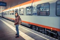Путешествовать поездом на высокогорной железной дороге Стоковая Фотография