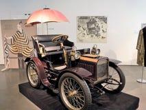 Путешествовать car-1904 стоковое фото