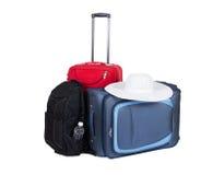 Путешествуйте чемодан (сумки) изолированный на белой предпосылке стоковые изображения rf