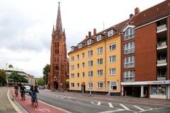 Путь велосипеда в старом городке стоковые изображения rf