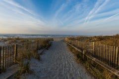 Путь водя к пляжу города ventnor в Атлантик-Сити, Нью-Джерси Стоковое Фото