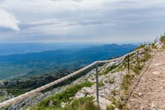 Путь горы на верхней части горы Jure sveti Стоковая Фотография