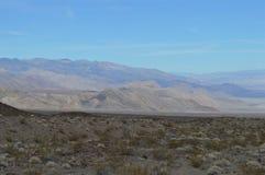 Путь и перспектива входа долины Panamint в Калифорнии Стоковая Фотография
