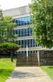 Путь и шаги к корпоративному зданию Стоковая Фотография RF
