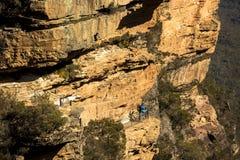 Путь к национальному пропуску около Wentworth понижается как осмотрено от бдительности Fletchers, около Katoomba, голубая гора, С Стоковая Фотография RF
