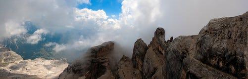 Путь на пике Tofana di Mezzo стоковое фото