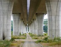 Путь под мостом собора Стоковое Фото