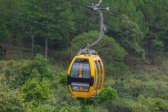 Путь фуникулера Dalat на холме Робина, Вьетнаме Стоковая Фотография