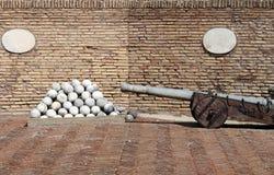 Пушечные ядра карамболя и камня Стоковые Фото