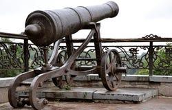 пушка старая стоковая фотография