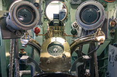 Пульт управления в военном корабле USS бестрепетном стоковая фотография rf