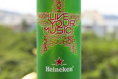 ПХУКЕТ, ТАИЛАНД 20-ое января 2018 - новая бутылка пива Heineken Стоковое фото RF