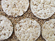 пшеница зерен хрустящих корочек хлеба Стоковое фото RF