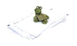 Пытливые здоровенные счеты стога пресс-папье черепахи стоковое изображение