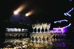 Пышная пирамида шампанского Стоковое Изображение