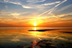 пышный заход солнца Стоковые Фотографии RF