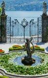 Пышный парк с фонтанами (виллой Carlotta, Com Италии, озера Стоковое фото RF