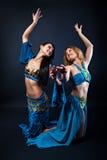 2 пышных женских танцора Стоковые Изображения