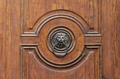 Пылевоздушный knocker двери головы льва Стоковые Изображения RF