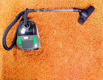 Пылесос, чистка ковра Стоковые Фото