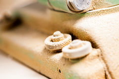 Пыль покрыла болт машинного оборудования woodworker стоковые фотографии rf
