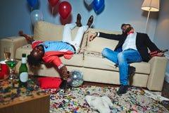 Пьяные парни Стоковое Фото