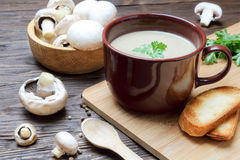 Пюре супа гриба champignon Стоковое Изображение