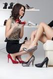 пятки высокие судящ за 2 женщины молодой Стоковые Изображения RF