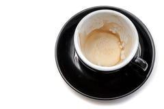 Пятно кофе в черной чашке на белой изолированной предпосылке Стоковые Изображения