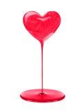 Пятно маникюра в форме изолированного сердца с подачей Стоковое Фото