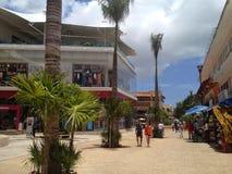 Пятый авеню в Playa del Carmen Мексике стоковые фото