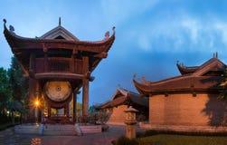 Пятый двор на виске литературы или Van Mieu в Ханое Построенный в 1070 для того чтобы удостоить Конфуция и в наше время отпраздно стоковое фото rf