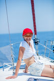 Плавание девушки на яхте в Греции Стоковое фото RF