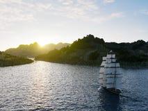 Плавание корабля в бурных морях закрывает вверх на предпосылке захода солнца Стоковое фото RF