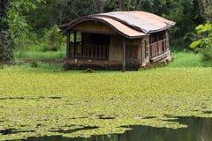Плавать дома шлюпки Стоковое Изображение RF
