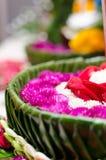 Плавая корзина цветка, фестиваль Таиланда Стоковая Фотография RF