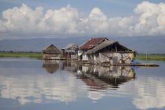Плавая озеро Tempe домов Стоковые Изображения RF