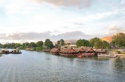 Плавая дом в Таиланде, Стоковые Изображения RF