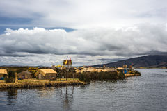 Плавая острова на озере Titicaca, Перу стоковое фото rf