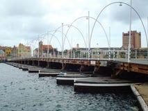 Плавая пешеходный мост Стоковые Фото