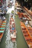 Плавая рынок, Damnoen Saduak, Таиланд Стоковое Изображение