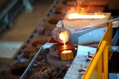 Плавильня, отливка металла стоковая фотография