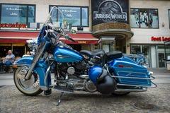 Плавное движение Motocycle Harley-Davidson Electra ультра классическое стоковое фото