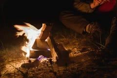 Пламена огня светов в ноче Стоковая Фотография RF