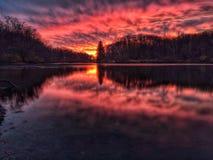 пламенистый заход солнца Стоковые Фотографии RF