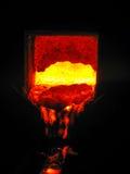 Пламенистый ковш Metallugical с металлом Стоковое Изображение RF