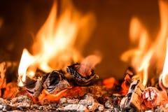 Пламя в камине Стоковая Фотография RF
