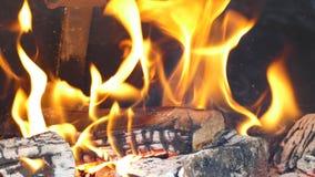 Пламя в месте огня барбекю Стоковое Изображение RF