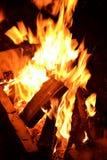 Пламя в ноче Стоковое фото RF